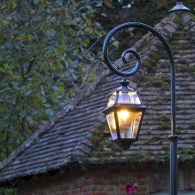 Utomhusbelysning - Kollektion Place des Vosges 2, modell 9, lyktstolpe, utelampa, klassisk utebelysning - Alegni Interiors