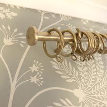 Måttbeställda gardinstänger i 16mm med platta avslut - hos Alegni Design Interiors Stockholm