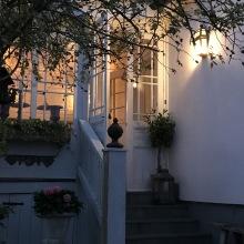 Utebelysning - kollektion Place des Vosges 2 - modell 3, väggapplik - hos Alegni Interiors Stockholm
