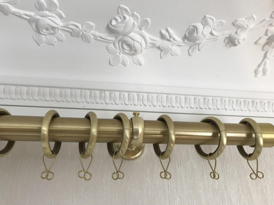 Gardinstänger i mässing - Houlès Paris -  Inredning - Alegni  Design Interiors Stockholm