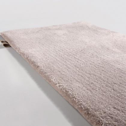 Måttanpassade mattor i exklusiv kalitet - hos Alegni interiors, Stockholm