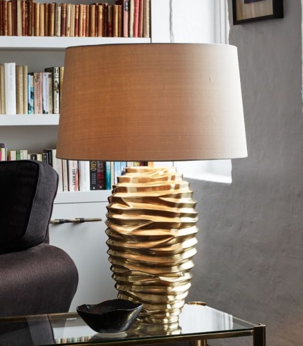 Bordslampa Bologna by Vaughan Designs - hos Alegni Design Interiors, Stockholm