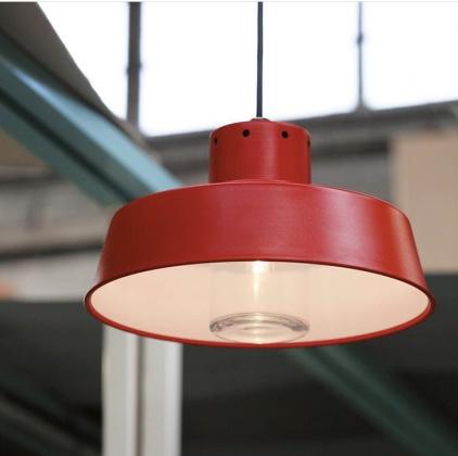 Modern utebelysning i industriell design - kollektion Faktory  - taklampa - återförsäljare Alegni Interiors Stockholm