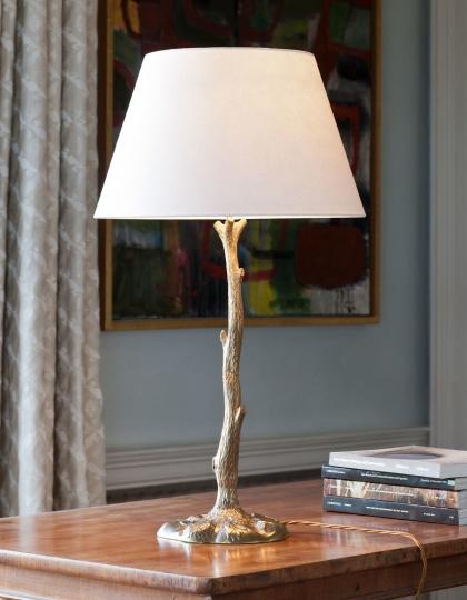 Bordslampa - by Vaughan Designs - Kollektion  Truro Twig i mässing och brons - hos Alegni Design Interiors, Stockholm