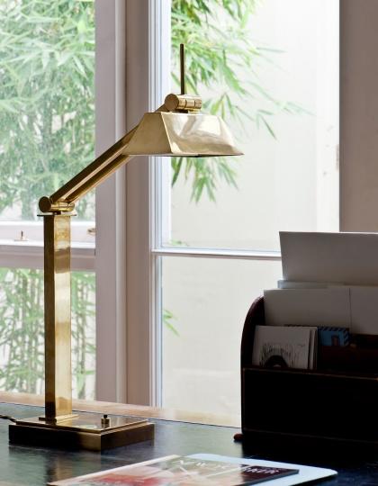 Bordslampa - lampa skrivbord -  by Vaughan Designs - Kollektion Oxford - hos Alegni Design Interiors, Stockholm