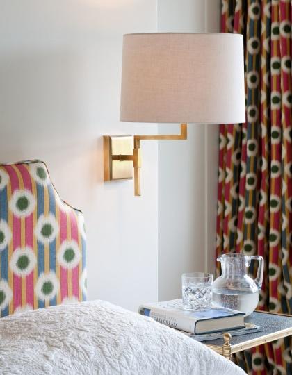 Vägglampa Knox - Mässing, brons och nickel - by Vaughan Designs - beställ hos Alegni Design Interiors, Stockholm
