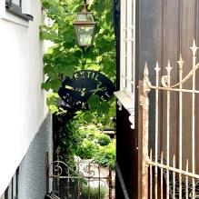 Utebelysning - Pollare - Markbelysning stor vägg - Kollektion Place des Vosges 3 - beställ  hos Alegni Design Interiors, Stockholm