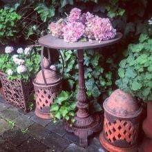 Inreda - antikviteter för en trädgård - av Alegni Design Interiors, Stockholm