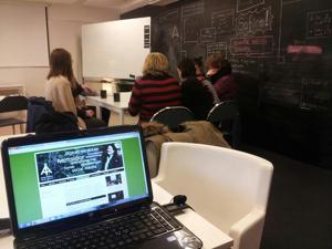 Gav tips och råd för lyckad kommunikation i sociala medier för entreprenörer på Science Park i Halmstad
