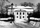 Vreta klosters prästgård i vinterskrud. margareta Stenhammars fotoalbum.
