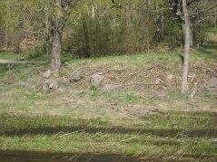 Här syns var den gamla träbron gick över ån