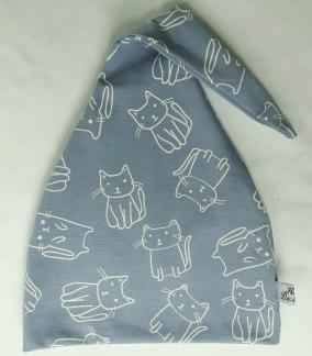 Katt på gråblå botten - 34-38 cm. Ca: 0-3 månader