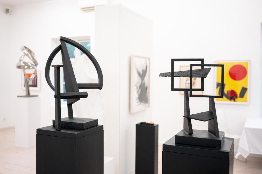 Skulpturer av dansken Robert Jacobsen