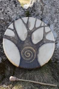Målad trumma Trädvortex -