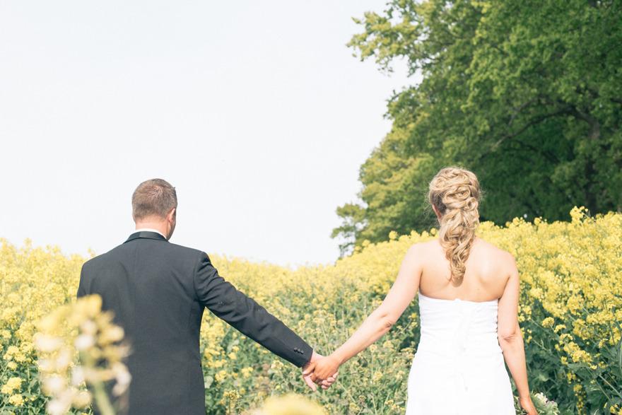 Bröllop på Österlen. Fotograf Rebecca Wallin