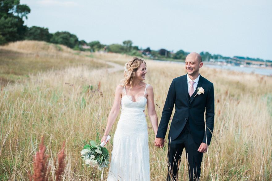 Bröllop på Österlen - fotograf Rebecca Wallin, Skillinge