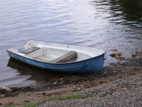 Roddbåt att hyra