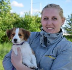Malin fick ta med Mira hem till Sjöbo och väntande halvbrodern Max.