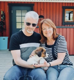 Yaco fick ta den långa resan till Östersund tillsammans med Mats-Erik och Siv