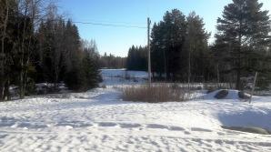 Fortfarande runt 40-50 cm snö på sina ställen