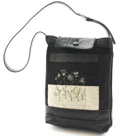 Såld. Flowerbag no.IC04.