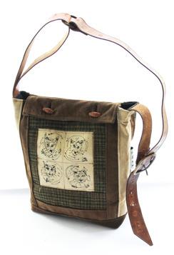 Såld. CAT bag no.06 Broderi av Inger Carlsson