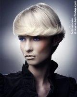 Blond Kort