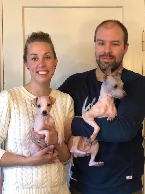 Anna och Fredrik Johansson med sina vovvar :)