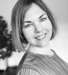Angelica Chander, Konsult