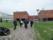 På väg in i Tabasalu-skolan