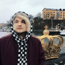 Filip Winther 2018. Hiphopartist, musikproducent, svensk rappare, YouTuber, musiker.