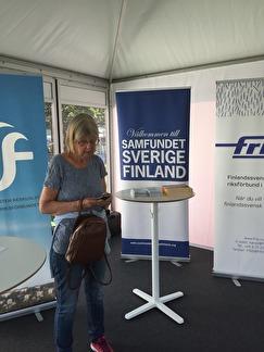 Gunda Ahlström under paus i montern.