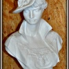 """""""Dam i hatt"""" Art.nummer: 1309, Vikt: 17 kg, Höjd: 50 cm"""