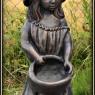 """""""Flicka med skål"""" Art.nr: 1406, Vikt: 25 kg, Höjd: 70 cm"""