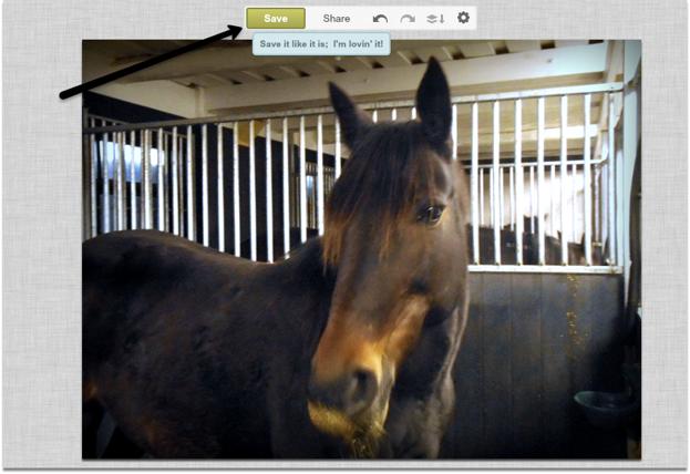 """""""EFTER"""" fotot är mer neutralt och passar bättre ihop med de övriga bilderna på hemsidan."""