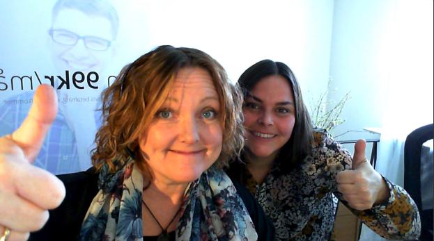 Anna Åxman och Sara från Hemsida24 under inspelningen av webbinariet.