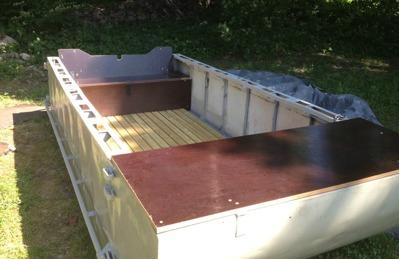 Båten renoverad och målad.
