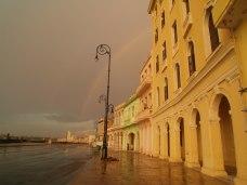 Regnbågen vid Malecón