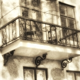 IMG_3498 Balcony facade left angle
