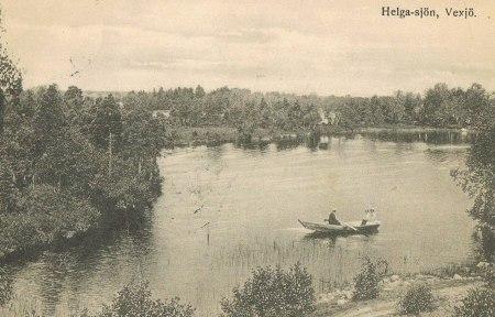 "Gammalt vykort ""Helga-sjön Vexjö"""