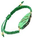 Armband med grön sten