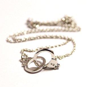 Handcuff halsband i silverplätering