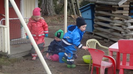 Lite lek i lekparken måste vi hinna med när vi är ut