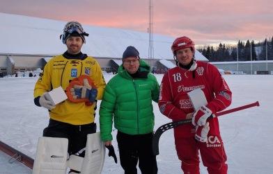 Ola Persson från Norrpartner delade ut pris till matchens bästa spelare i vardera lag. Det blev Masken och Jocke Hedberg.