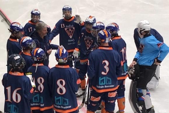 Jonas #13 vinkar och hälsar till alla i Selånger SK Bandy!
