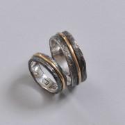 Speciella förlovningsringar med oxid med guld