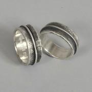 Handgjorda förlovningsringar i silver