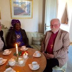 Odhalayo och biskop Sven-Bernhard Fast
