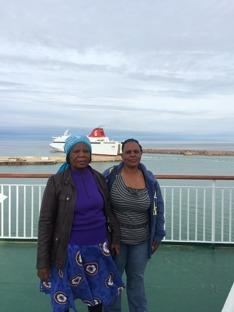 Constance Dlamini och Odhalayo Mpofu - på väg från Gotland