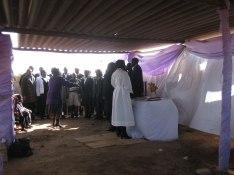 Gudstjänst i nya kyrkan